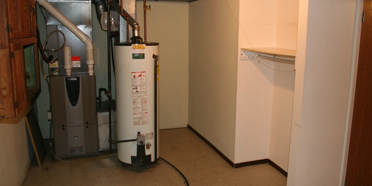 What to do when your water heater bursts