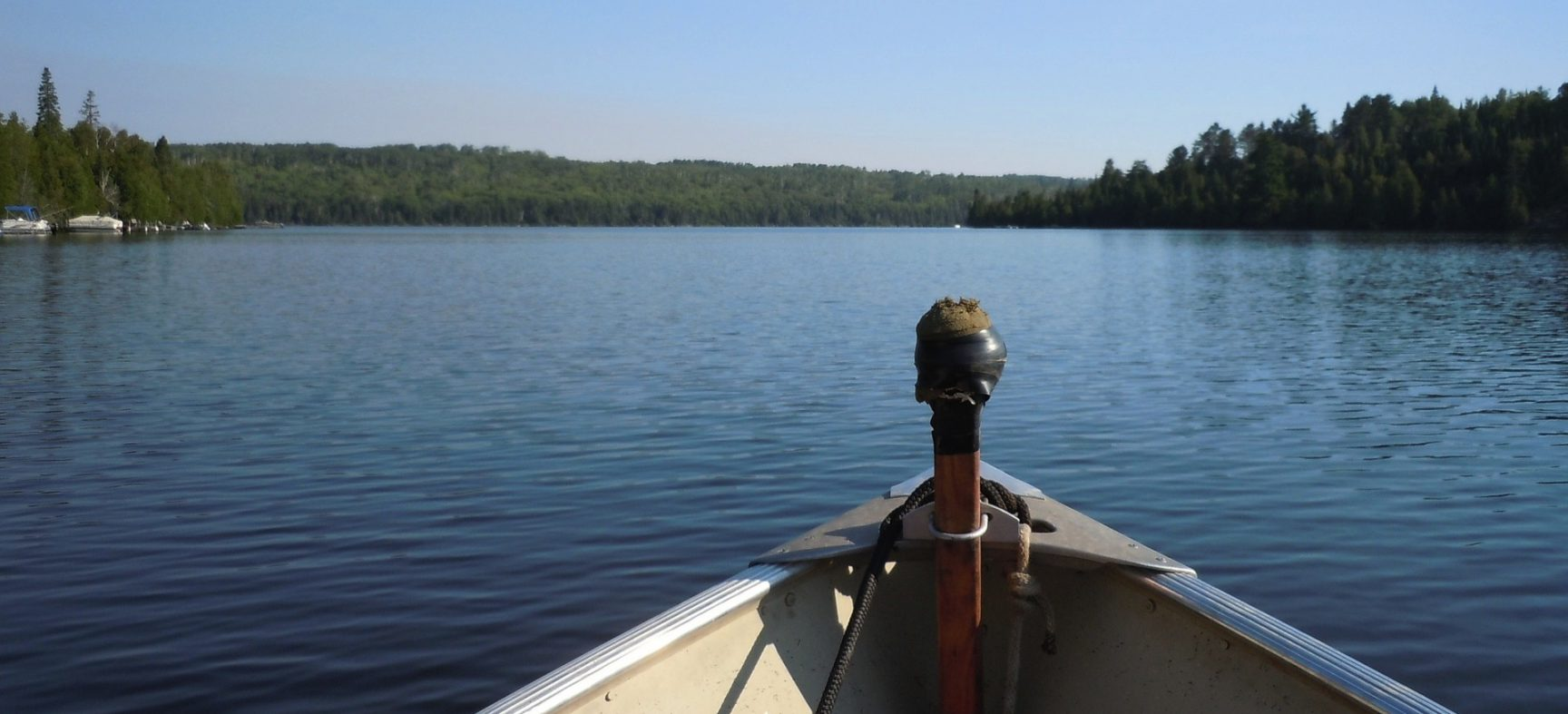 7 essential items for a day of boating