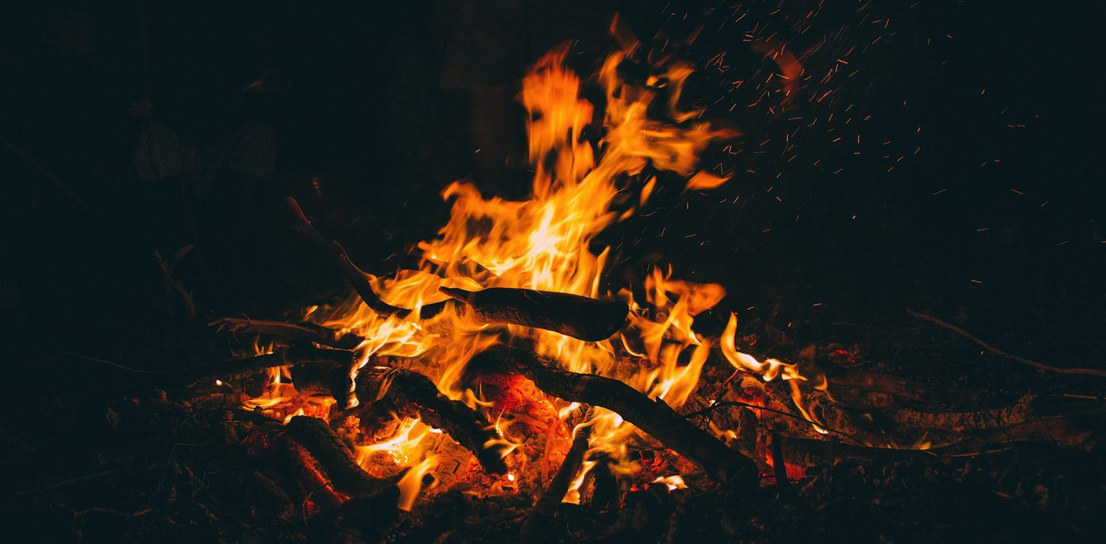 How to enjoy a bonfire safely
